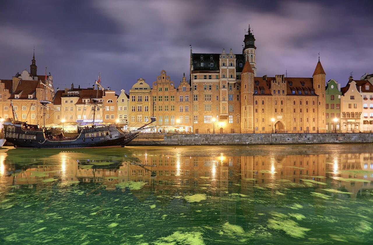 Main City at Night, Gdańsk
